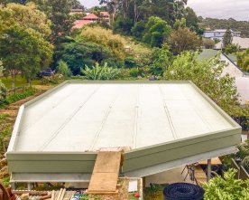 Roof and membrane